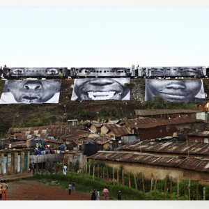 28 mm, Woman are heroes, Kibera slum, Kenya 577/1000